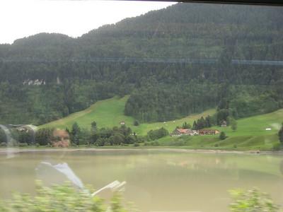 trees_lake