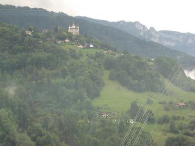 castle_grass