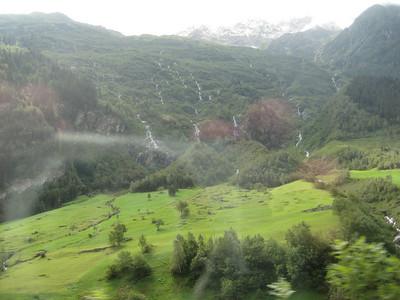 waterfalls_1