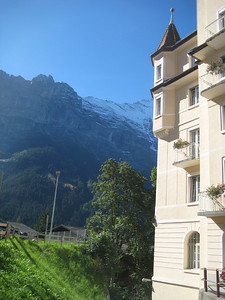 mountains_hotel