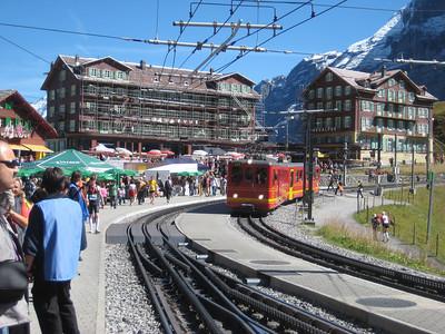 hotels_train