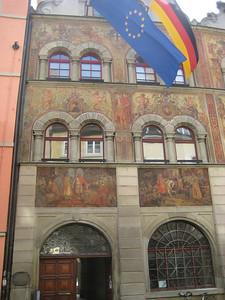 murals_flags