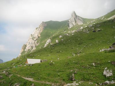 hut_hills