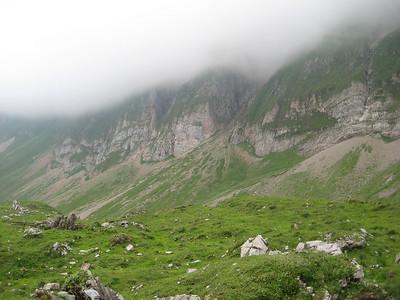 clouds_hills