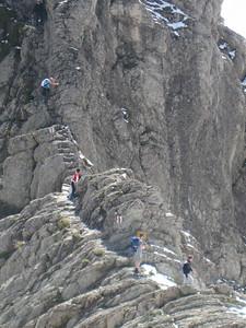 hikers_ahead
