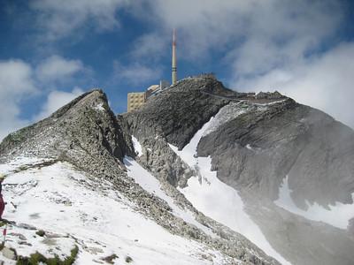 santis_tower
