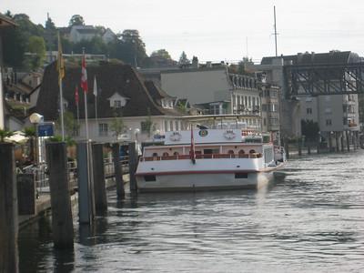 docks_river