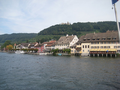 river_houses
