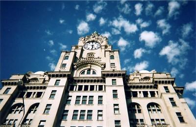 clock_building