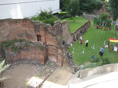 old_london_city_walls_2