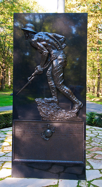 This memorial to the USMC is by Felix de Weldon who created the Iwo Jima Memorial in Arlington where used to go to watch the Fourth of July fireworks over the National Mall.