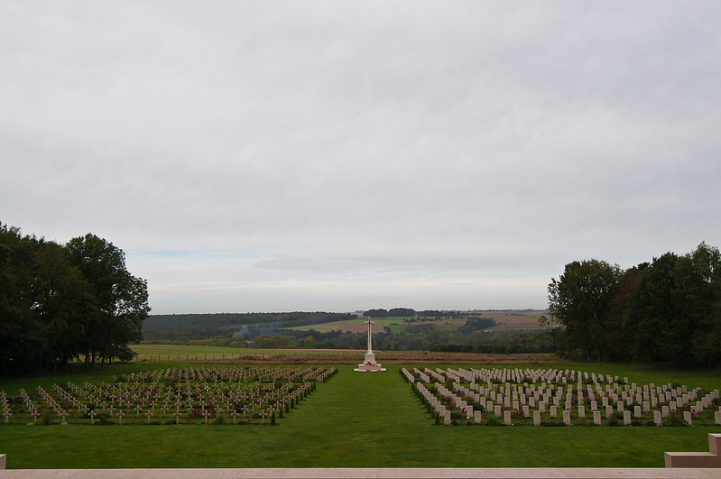 This joint Anglo-French burial ground contains 300 British Commonwealth and 300 French graves and lies at the foot of the memorial. Most of the soldiers buried here - 239 of the British Commonwealth and 253 of the French - are unknown