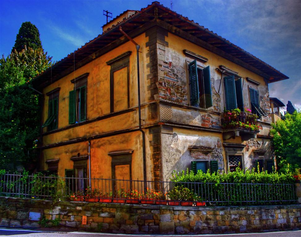 House in Firenza