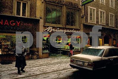 Salzburg LinzerGasse snow