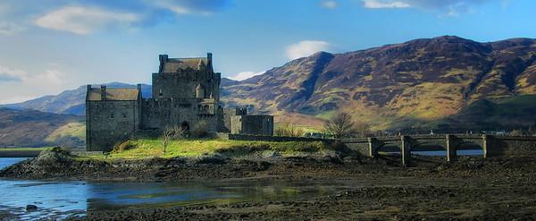 Eilean Donan Castle, Scotlank, UK