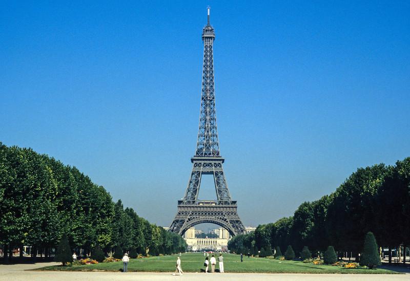 Eiffel Tower - Paris, France - August 1985
