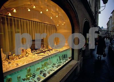 Salzburg LinzerGasse store