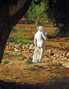 Crispiano Nude