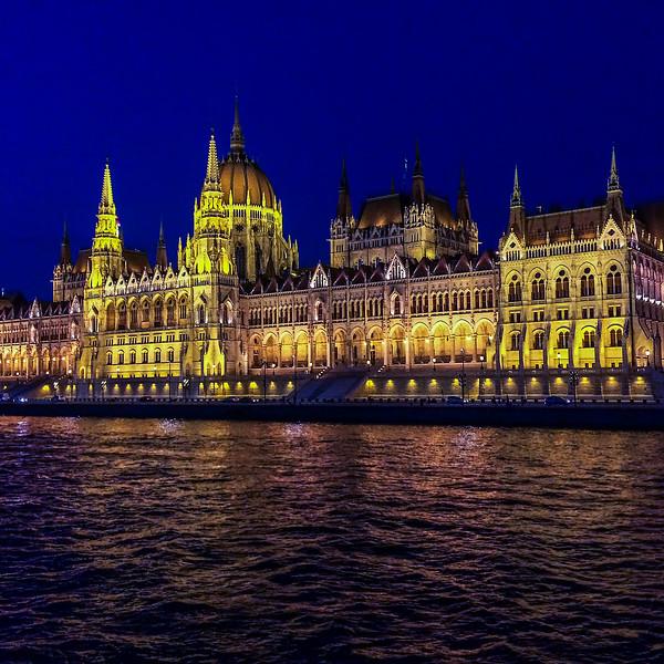 Parliament Building 6, Budapest_0961 IP