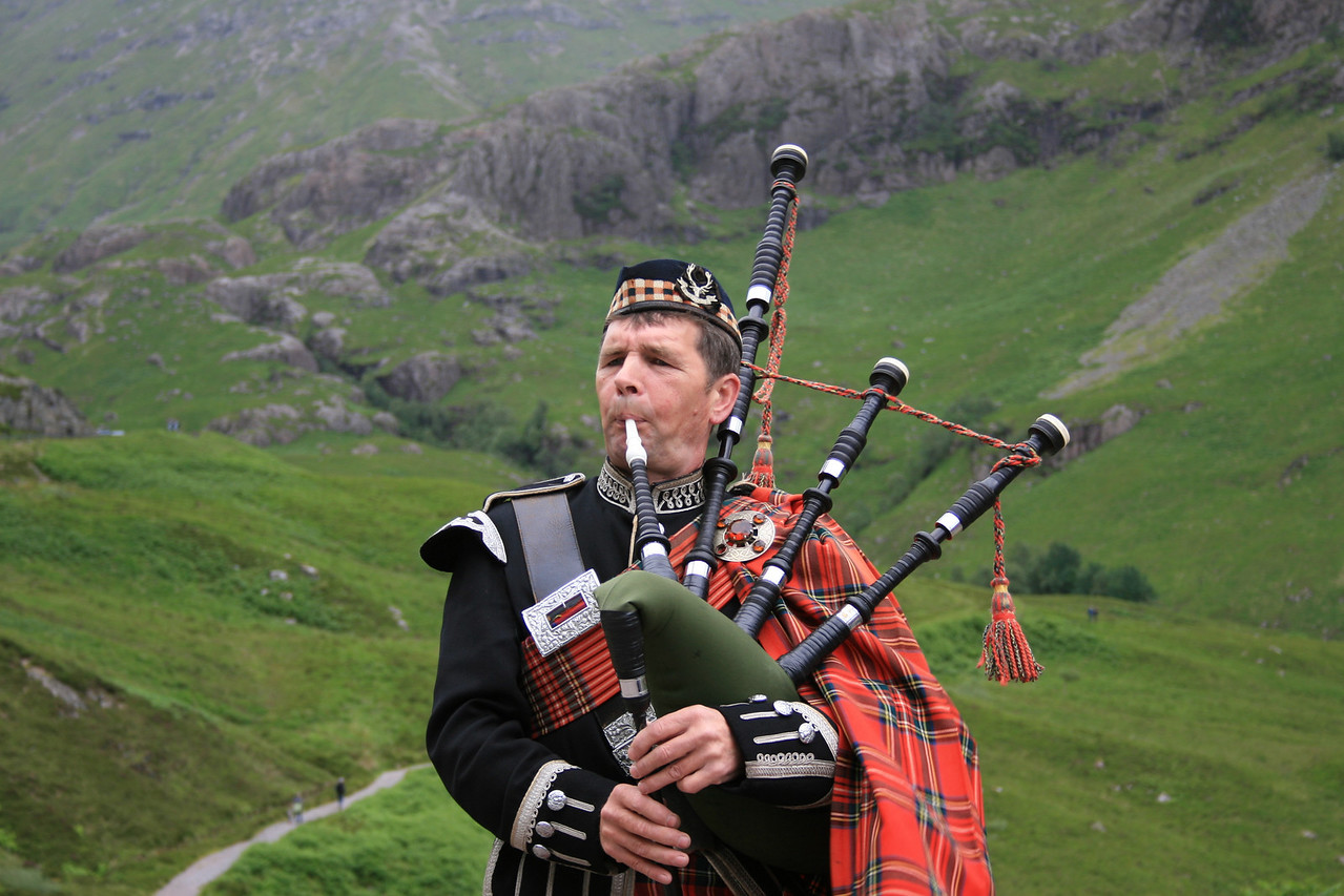 Scottish Piper - Highlands Glencoe, Scotland