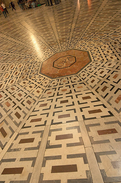 Detail of the floor of the Basilica of Santa Maria.