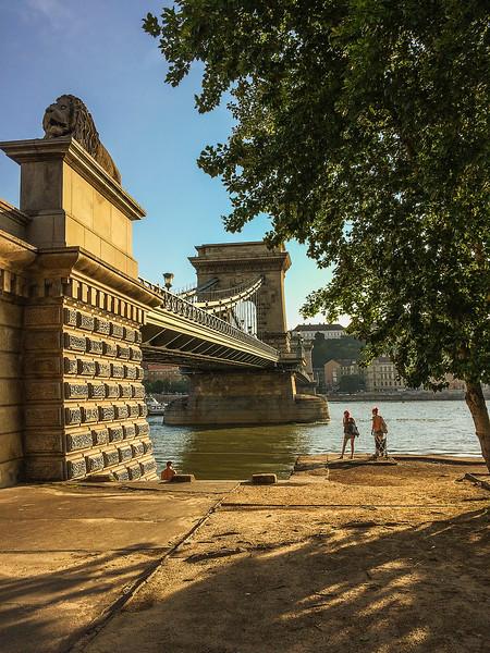 Szechenyi Bridge over the Danube, Budapest_0880 IP