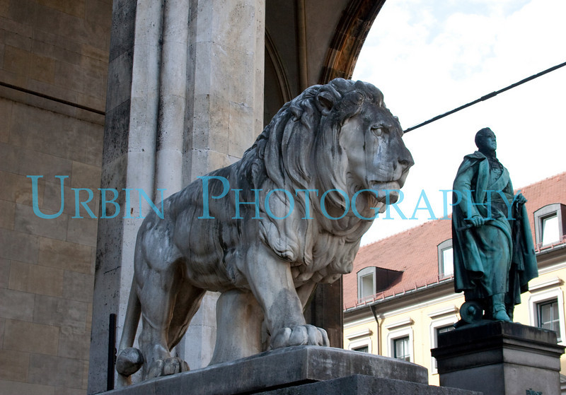 Lion and Statue