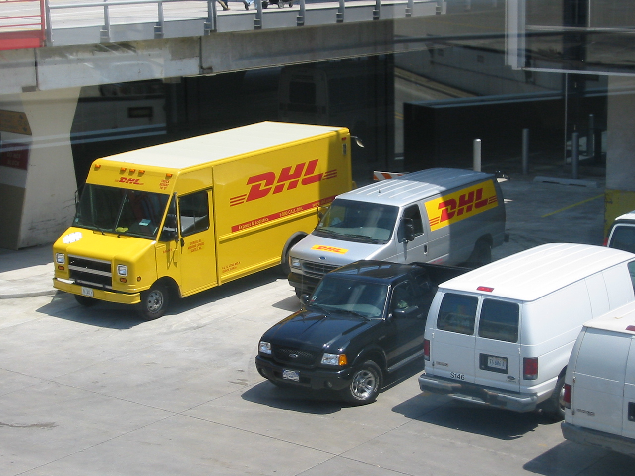 The obligatory DHL truck shot for Jenny (Chicago O'Hare)