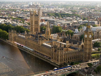 London: Parliament house and the Big Ben