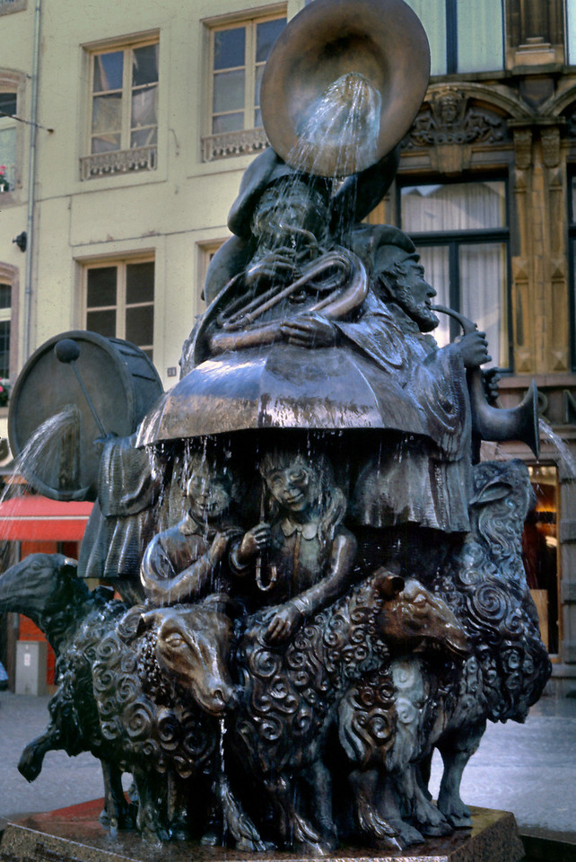 Fountain - Luxembourg City