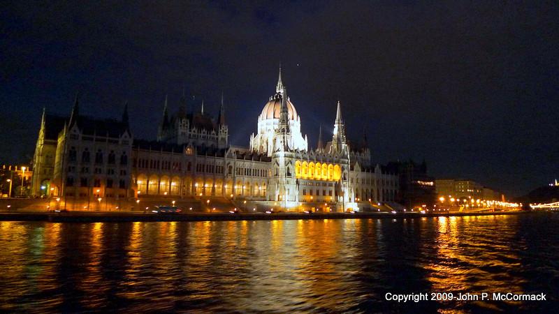 Budapest at night, Parliament