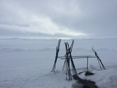 Skiing the Hardangervidda