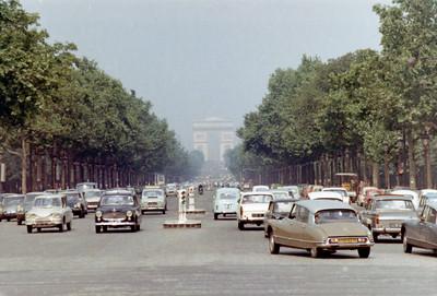 Champs-Élysées leading to the Arc de Triomphe
