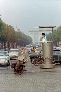 Champs-Élysées in 1967