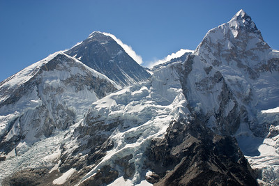 'Classic' view of Everest from the south