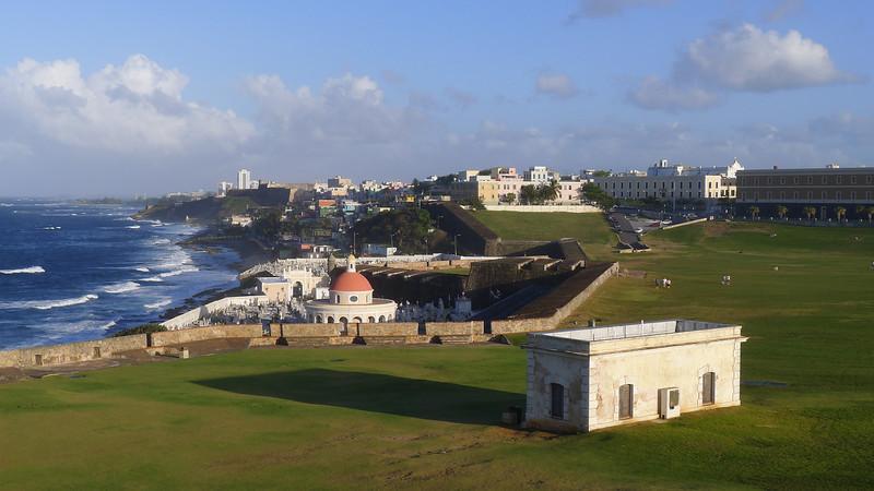 Puerto Rico, Febrero de 2011 //  F2.0 Leica DC Summicron Lens //