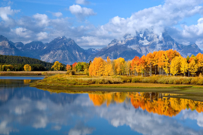 AUTUMN SPLENDOR AT OXBOW BEND FOLLOWING RAIN SHOWER