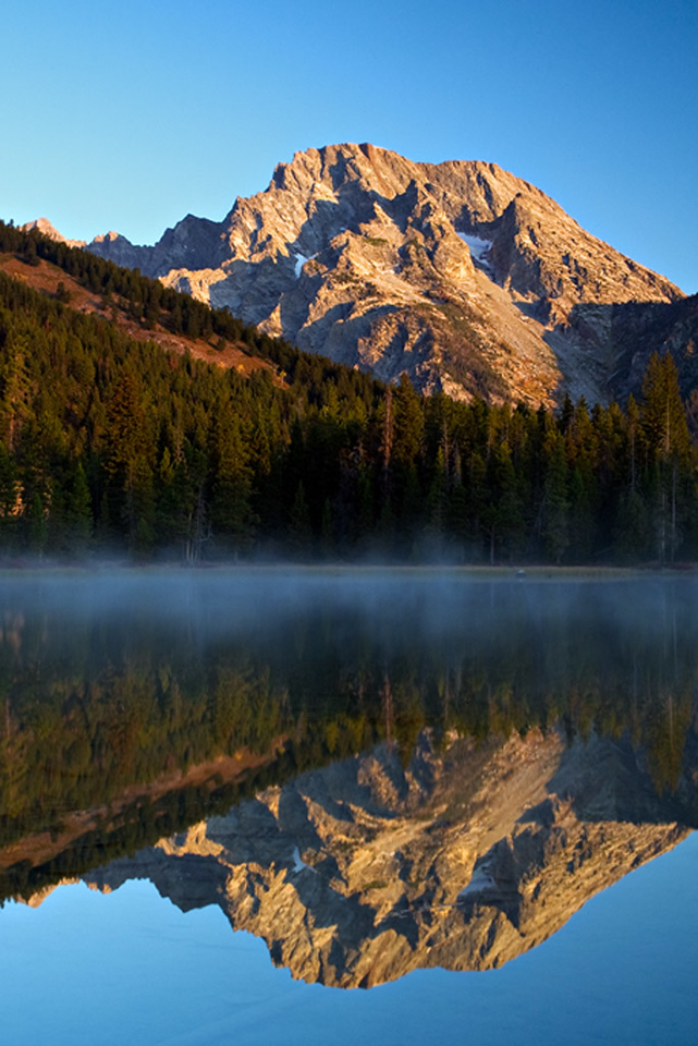 MT. MORAN REFLECTION AT FIRST LIGHT