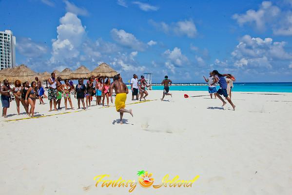 Fantasy Island Cancun 2014-Day 2