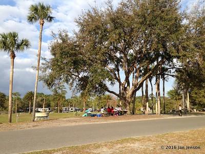 Picnic area @ Wekiva Falls RV Resort, Sorrento, FL - March 2016