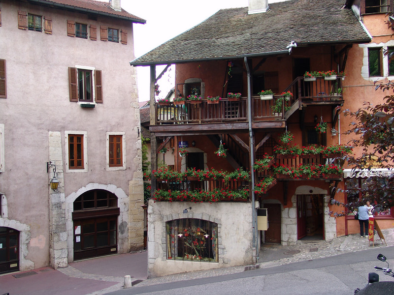 Annecy and the geraniums