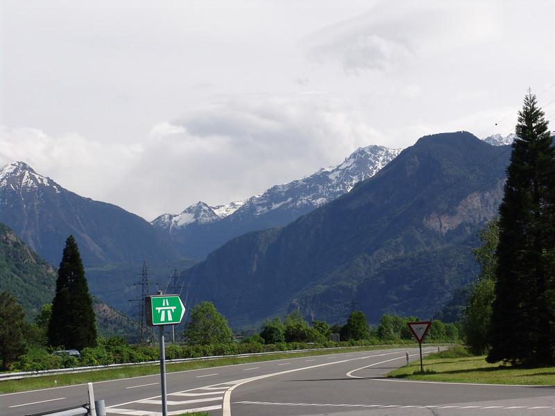 ROAD TO CHAMONIX