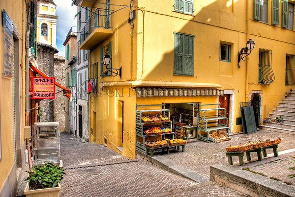 LOCAL MARKET, OLD TOWN, VILLEFRANCHE-SUR-MER, FRANCE