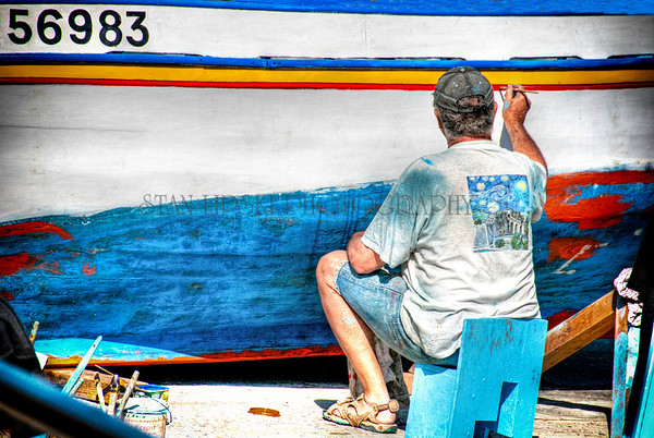 BOAT PAINTER, HARBOR, VILLEFRANCHE-SUR-MER, FRANCE