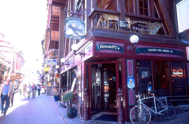 Pub in Zermatt