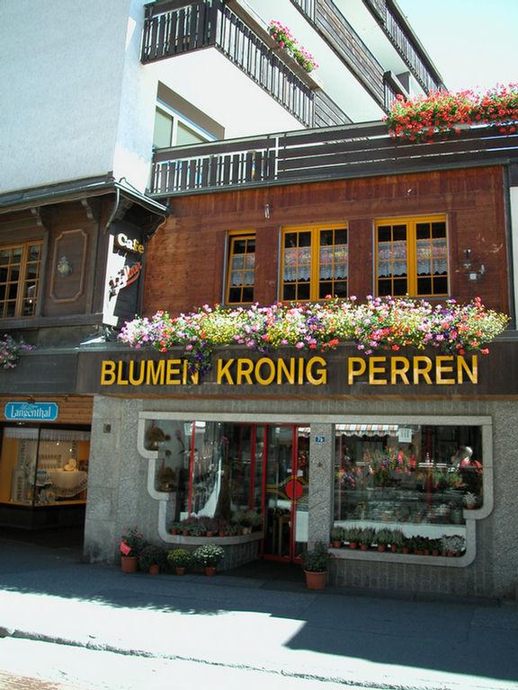 Zermatt - flower shop