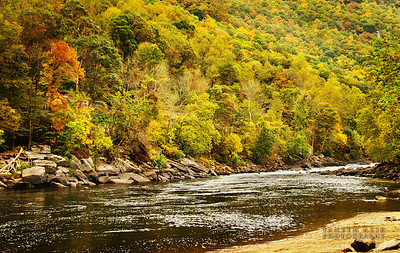 New River Gorge, WV- Can you see the two kayakers?