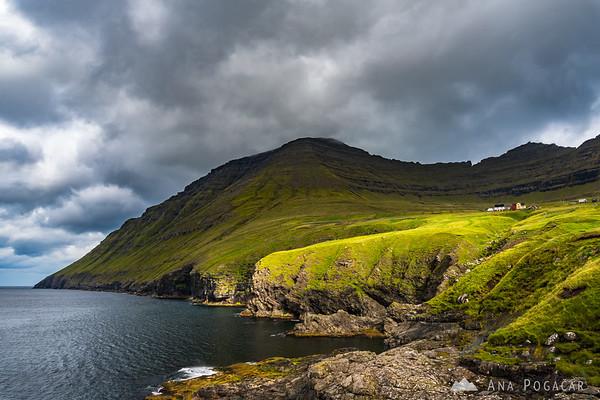 Dramatic light in Viðareiði