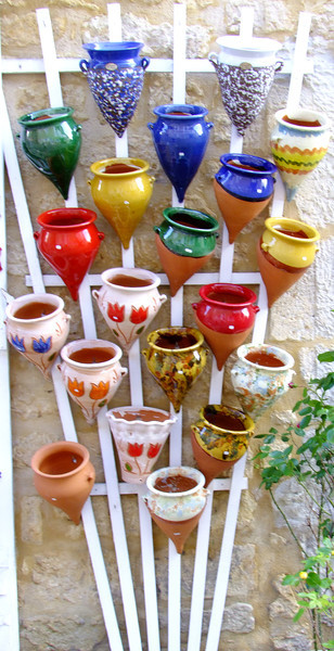 Pots for sale at the nearby village of Domme.  We enjoyed shopping there and Jan bought a French hat.