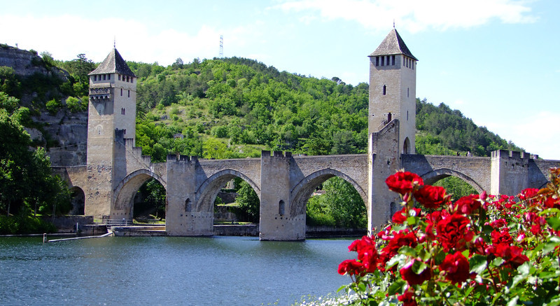 The Pont Valentre bridge was part of the medieval defenses at Cahors during the 14th century.